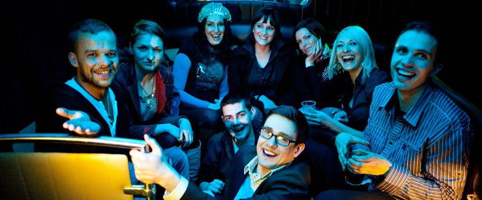 Zorganizuj imprezę firmową z PartyBusem