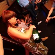 Impreza w Partybus szampan rurka do tańczenia